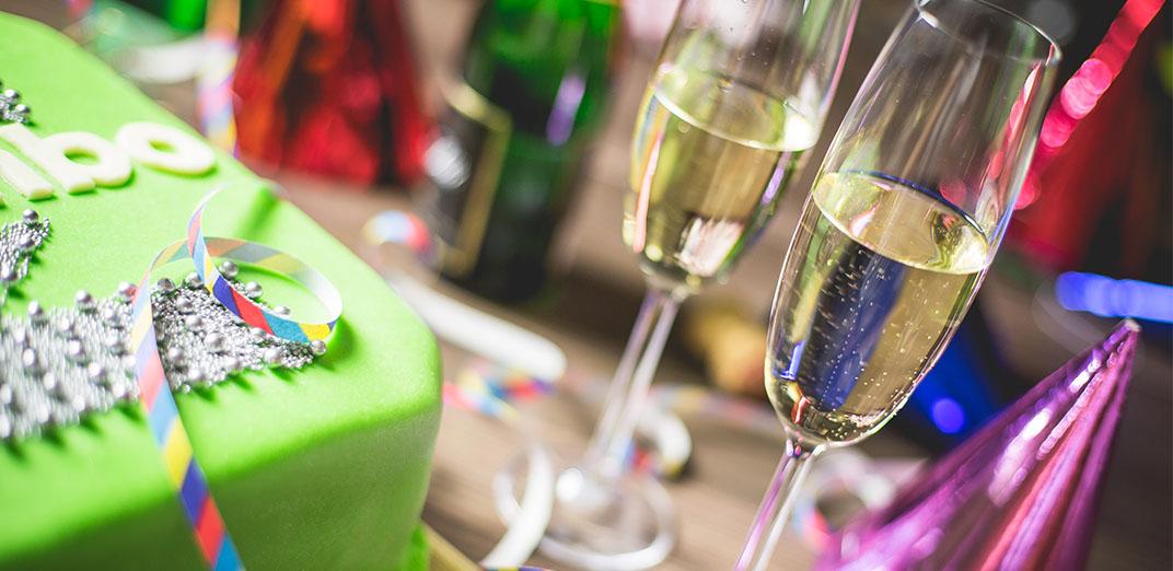 9 ข้อ ต้องเตรียมก่อนจัดปาร์ตี้ ให้งานออกมาดูดี โดดเด่น ประทับใจ