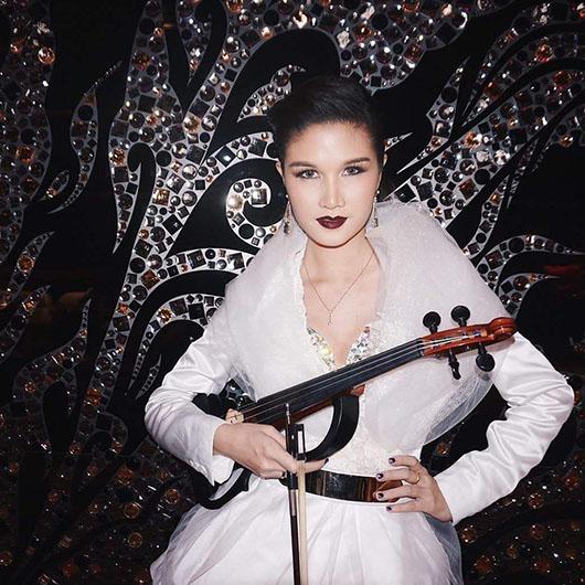 June Violinist