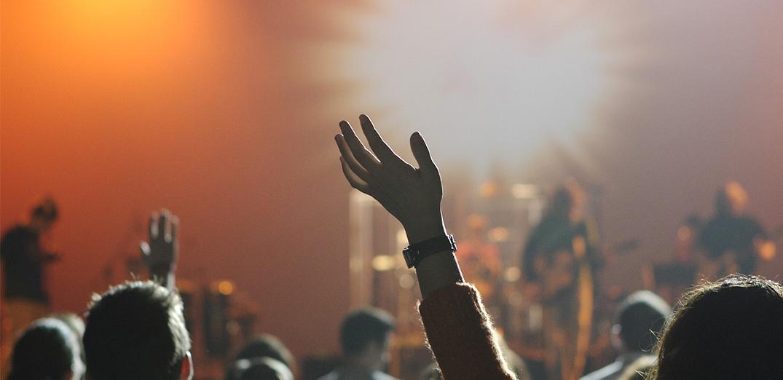 เผยรายชื่อวงดนตรีงานเลี้ยงในไทย ที่สร้างความสนุกได้แบบจัดเต็มเหมือนเป็นคอนเสิร์ต