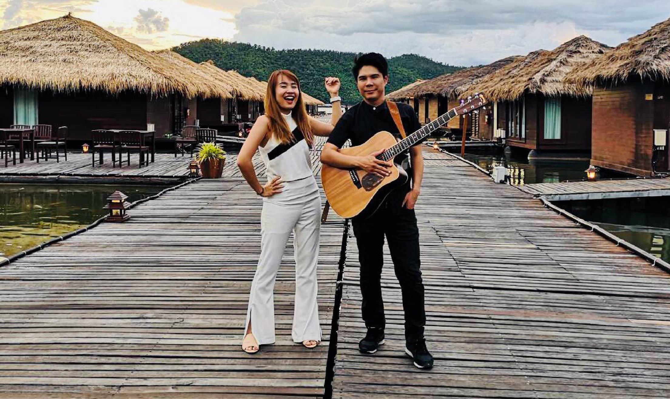 YogiBand วงดนตรีงานเลี้ยงกับบริษัท เมืองไทย แคปปิตอล จำกัด (มหาชน)