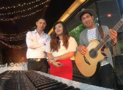 Bleeding love | Cover by The ocean blue Phuket band