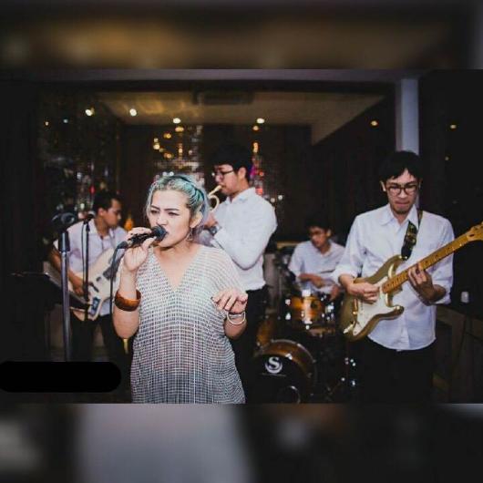 Hua Hin live band