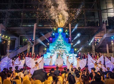 CHRISTMAS TREE - Siam orchestra show
