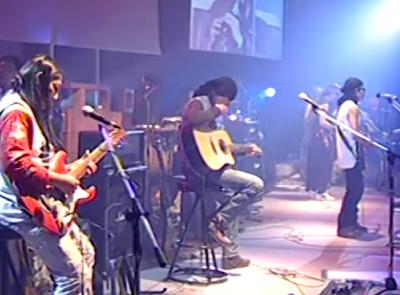 คาราบาว - เมด อิน ไทยแลนด์ (บันทึกการแสดงสดคอนเสิร์ต นาวาคาราบาว)