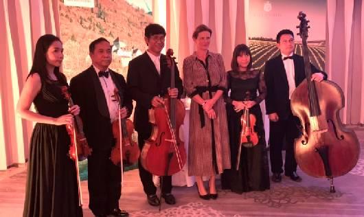 วงดนตรีงานเลี้ยง Quintet ร่วมสร้างบรรยากาศในงานเลี้ยง ณ Park Hyatt Bangkok