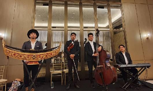 วงดนตรี MYBAND Classic ในงานอีเวนท์ที่ The Residences at Mandarin Oriental