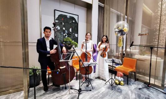 วงดนตรี MYBAND Classic ในงานเปิดตัวคอนโดมิเนียมใหม่ Regal Sukhumvit 76
